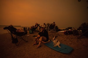 A family of campers at Captain Stephensons Point, hours before the firestorm.