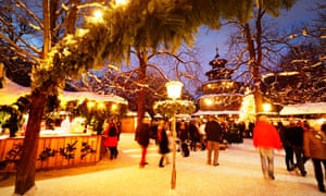 Christmas market at Chinese Tower, English Garden.