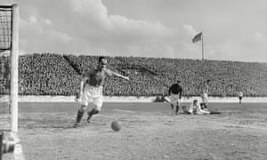 Manchester United's Johnny Carey in action during a 4-1 win against Derby County at Maine Road in 1946.