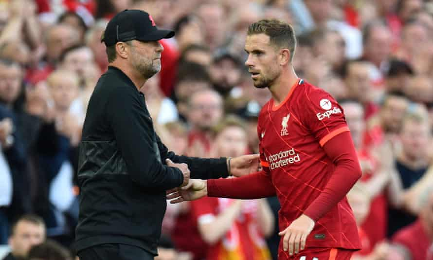 Jürgen Klopp with Jordan Henderson during August's game with Chelsea. While the captain is one of six players signed to new contracts, Liverpool did not splash out.