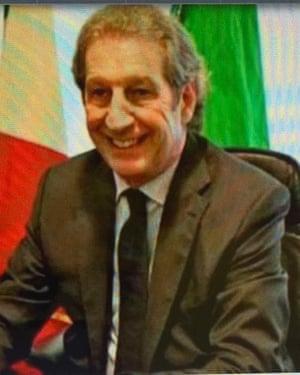 Dr Roberto Stella.