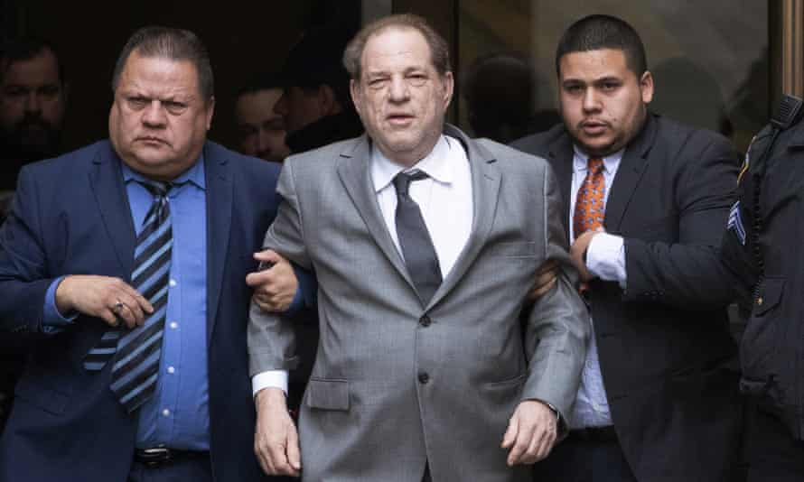 Harvey Weinstein had seemed likely to settle a class-action lawsuit by alleged victims without an admission of guilt and paid for by his former company.