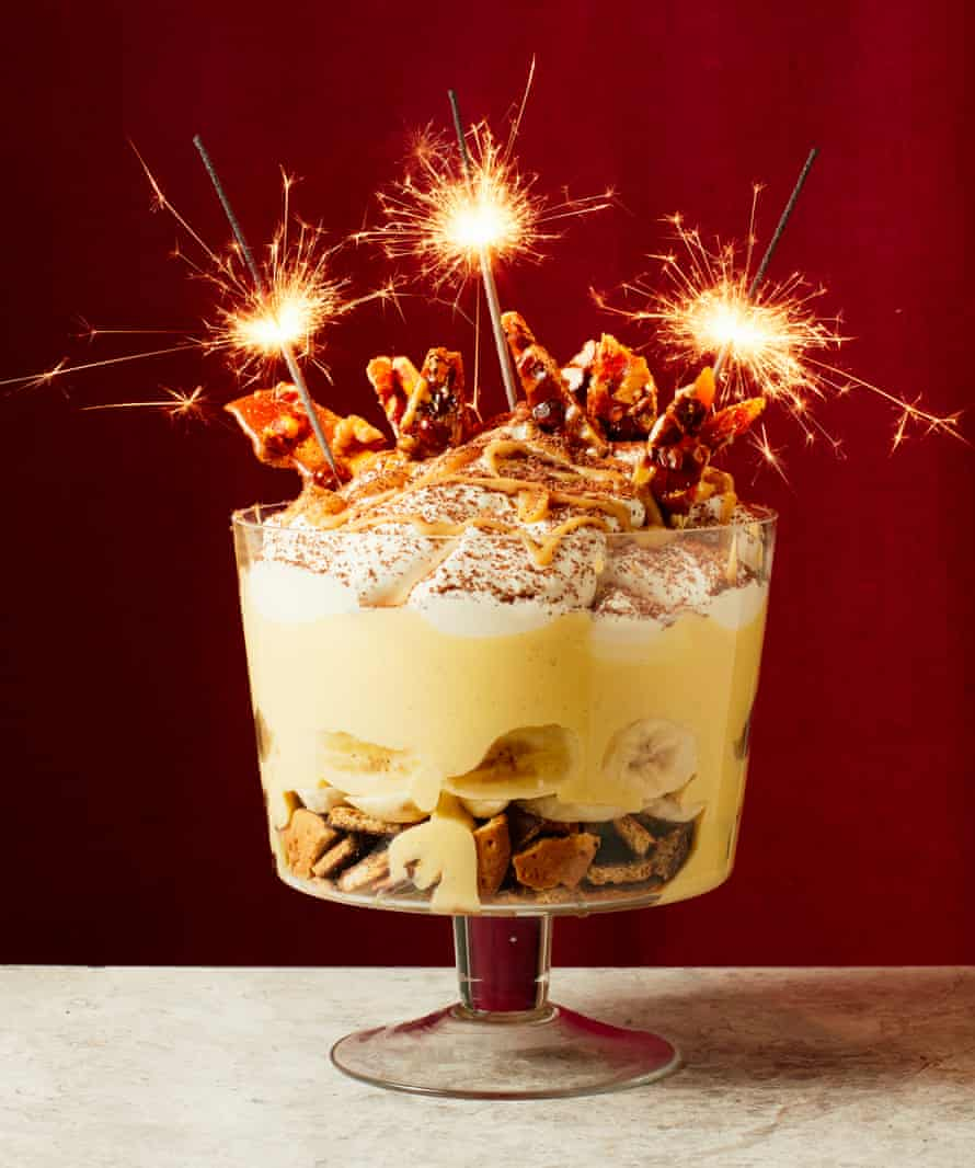 Liam Charles' New Year's Eve banoffee trifle