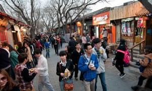 Shoppers on Nanluogu Xiang.