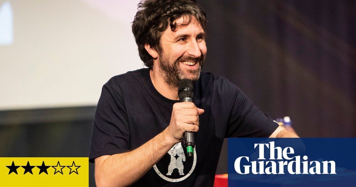 Cambridge Comedy festival review – Mark Watson keeps head above water in washed-out Friday