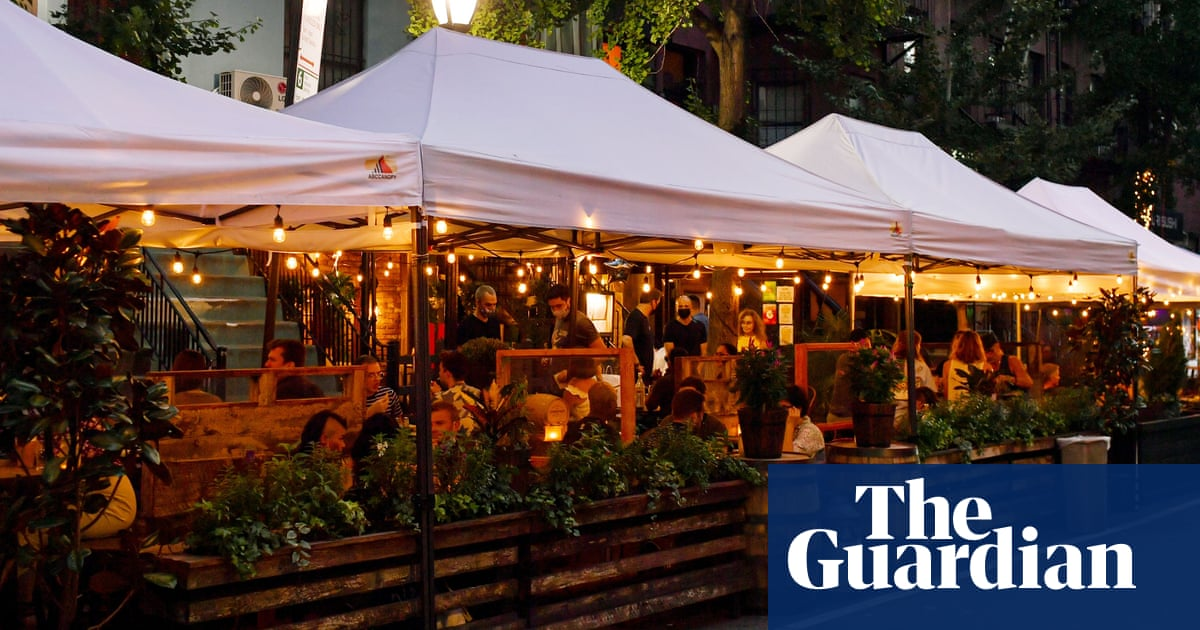 New York City sommelier charged with burning outdoor dining structures