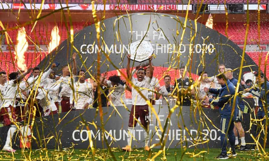 Pierre-Emerick Aubameyang celebrates with the Community Shield