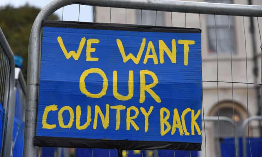 An anti-Brexit sign in EU colours outside the Houses of Parliament