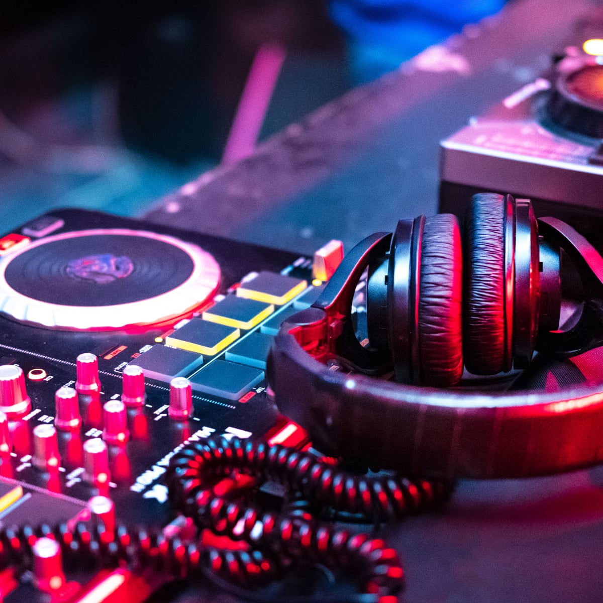 The thud, thud, thud of techno music leaves no space for bad thoughts |  Health & wellbeing | The Guardian