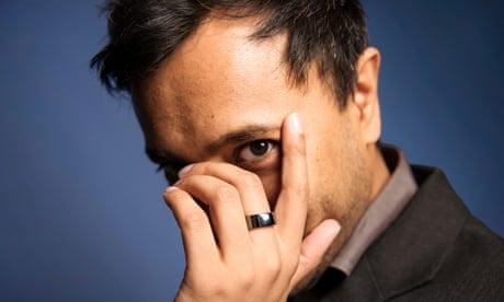Rhik Samadder wearing his Oura ring.