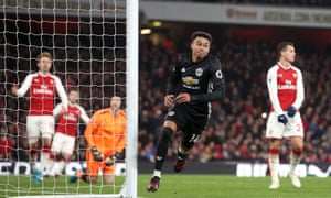 Jesse Lingard celebrates after restoring Manchester United's two-goal lead.