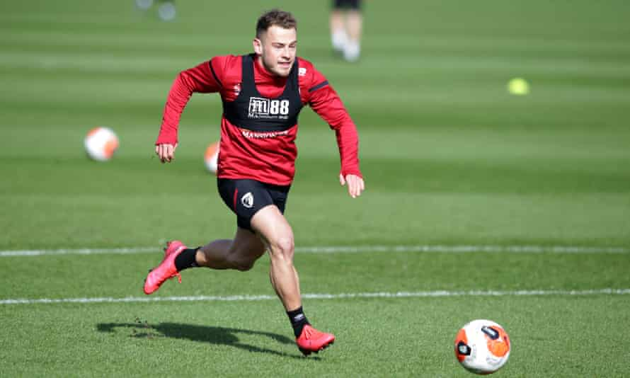 Ryan Fraser is a free agent after leaving Bournemouth on 30 June.