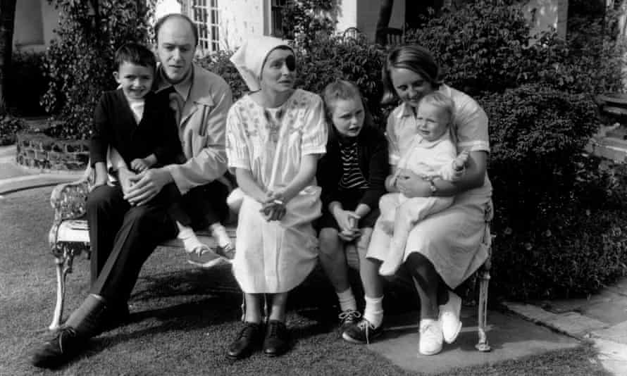 Roald Dahl and Patricia Neal (with eye patch) in 1965 with Theo, Tessa and Ophelia and the children's nanny.