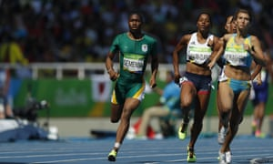 South Africa's Caster Semenya, the overwhelming favourite for the 800m gold, won her heat to reach Thursday's semi-finals.