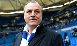 Clemens Tönnies said he was '1,000% behind the values' of Schalke.