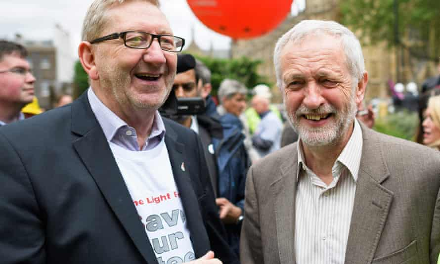 Jeremy Corbyn with Len McCluskey at a steelworkers' march in London