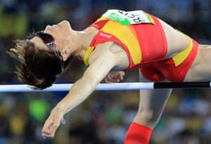 Ruth Beitia claims gold for spain in the women's high jump final.