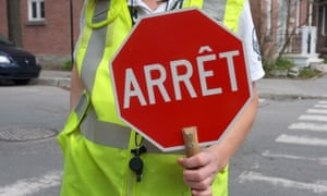 Stop using English phrase when French words will serve just as well, the Commission for the Enrichment of the French Language advises the nation.