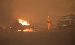 Photographer Alex Ellinghausen tackles a fire at Tallabrook Lodge