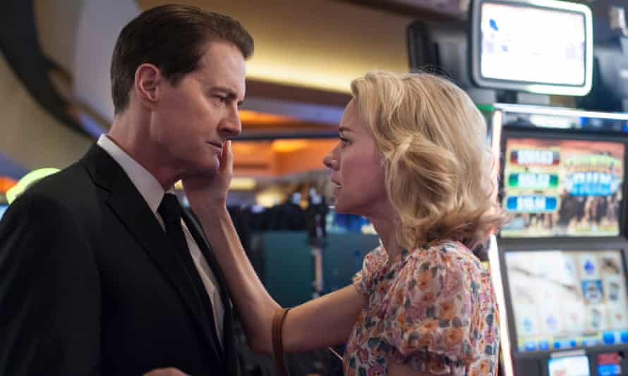 With Agent Cooper around, everything feels safe... Kyle MacLachlan and Naomi Watts.
