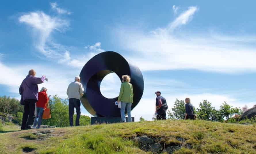 Tony Cragg sculpture at Skulptur Pilane, Gothenburg