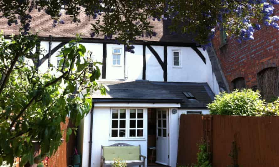 Thimble Cottage, Salisbury
