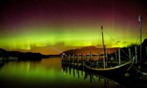 The aurora borealis shine over Derwentwater