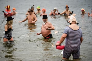 Swimmers in Lake Orankesee, Berlin