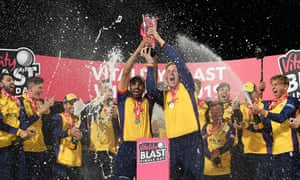 Ravi Bopara and Simon Harmer lift the T20 Blast Trophy with their Essex teammates after their thrilling final-ball win against Worcestershire.