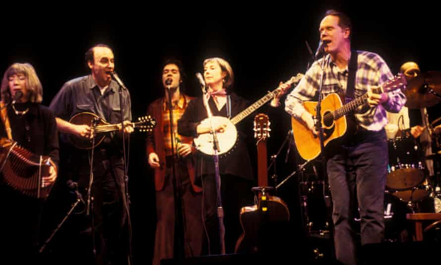 Louden and Rufus Wainwright performing with Kate and Anna McGarrigle at the Bottom Line in New York in 1999.