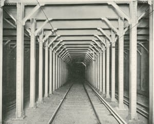 Steel construction in a subway tunnel, 1904.