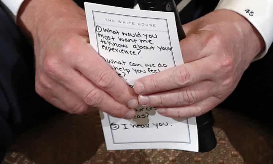 Donald Trump's note, captured by photographers during an event about gun violence