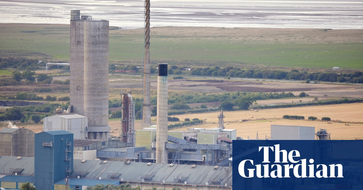 Why does a carbon dioxide shortage matter so much to the UK economy?