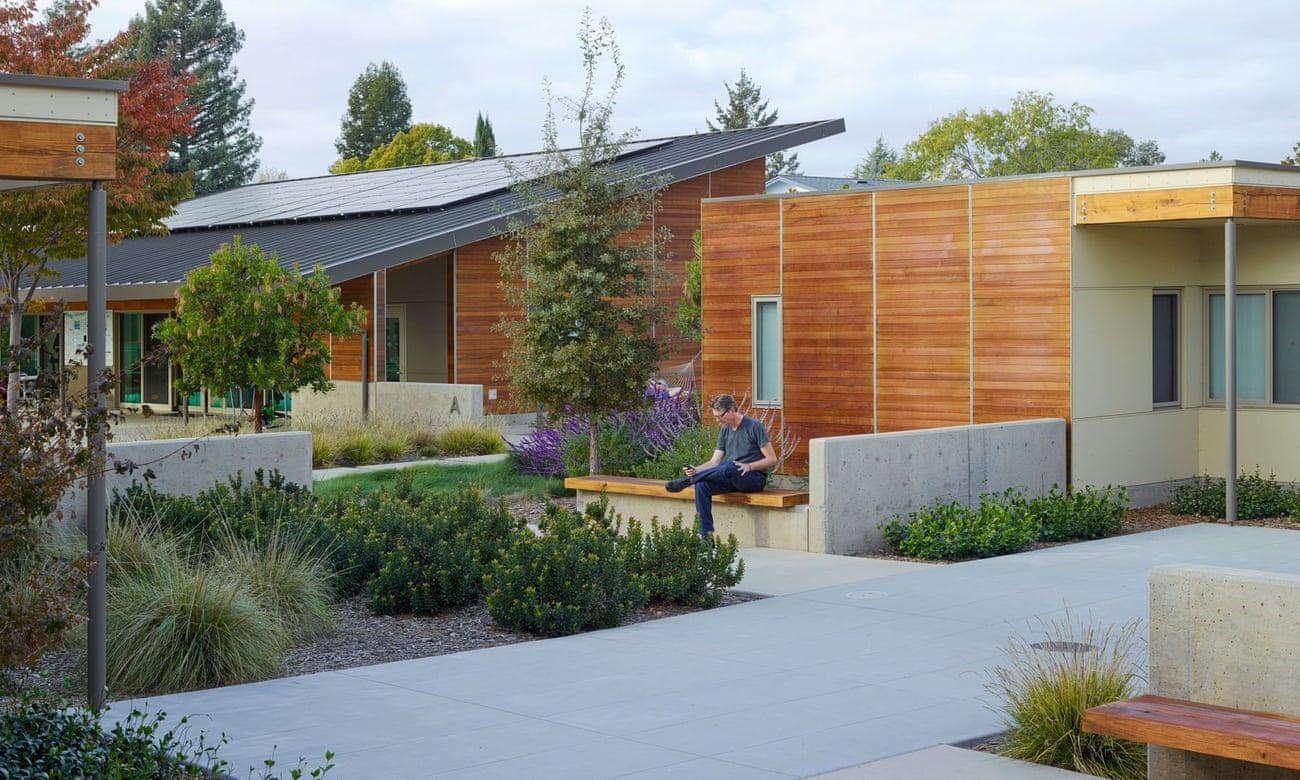 La comunidad de Sweetwater Spectrum es un modelo de vivienda de energía neta cero para adultos con autismo en Sonoma, California. Fotografía: Marion Brenner