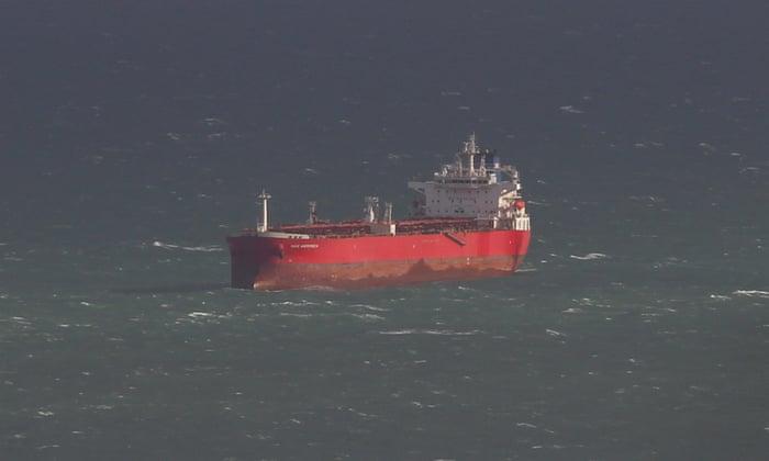 (VIDEO) POKUŠAJ OTMICE TANKERA KOD OSTRVA WIGHT?! Velika drama u britanskim vodama, helikopteri nadlijeću područje!