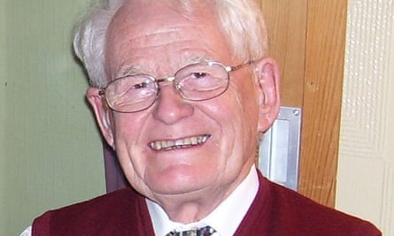 Bob Carpenter pioneered the use of statistical scoring to identify babies at high risk of sudden infant death