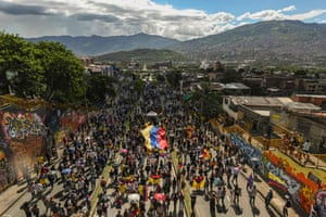 Protesters take to the streets of Medellín