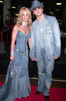 Timberlake with Britney Spears at the 2001 American Music Awards.