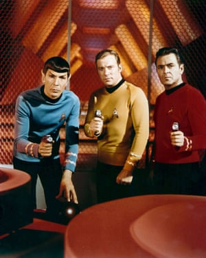 1966, STAR TREKLEONARD NIMOY, WILLIAM SHATNER & JAMES DOOHAN Film 'STAR TREK' (1966) Directed By GENE RODDENBERRY 08 September 1966 CTS60693 Allstar/Cinetext/PARAMOUNT **WARNING** This photograph can only be reproduced by publications in conjunction with the promotion of the above film. For Editorial Use Only