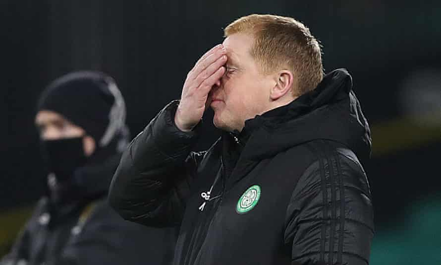 Neil Lennon reacts during the draw with St Johnstone