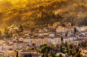 Perched village of Seillans in Provence at dusk.