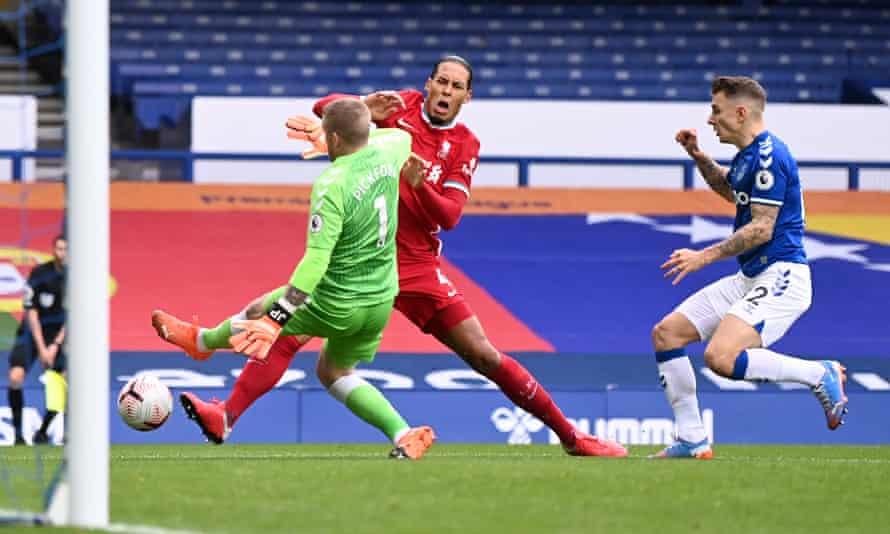 Jordan Pickford's challenge ends Virgil van Dijk's season in October.