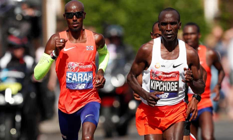 Mo Farah and Kenya's Eliud Kipchoge running in the 2018 London Marathon