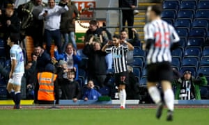 Newcastle United's Ayoze Perez celebrates scoring their fourth goal/