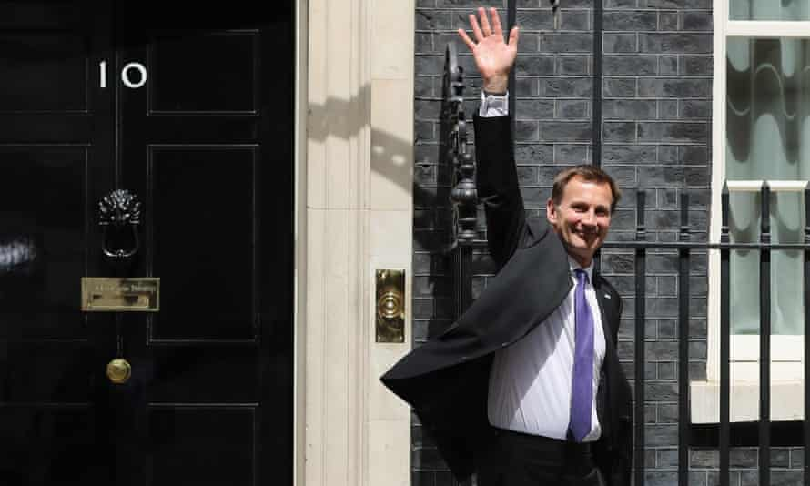 A jubilant-looking Jeremy Hunt outside No 10.