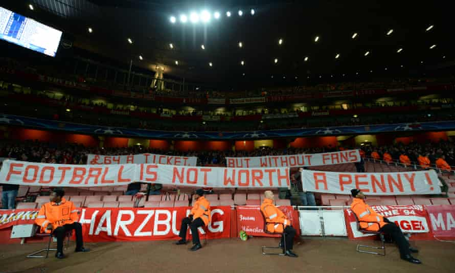 The Bayern Munich fans protest against the price of the Champions LEague tickets at Arsenal.