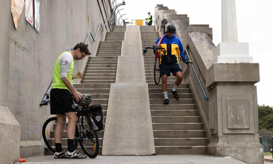 harbour bridge stairs bikes