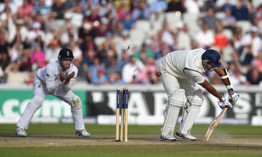 Pankaj Singh is bowled by Chris Jordan