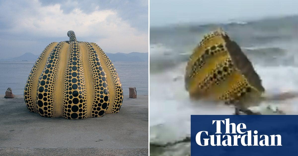 Yayoi Kusama pumpkin sculpture washed into sea by Japan storm