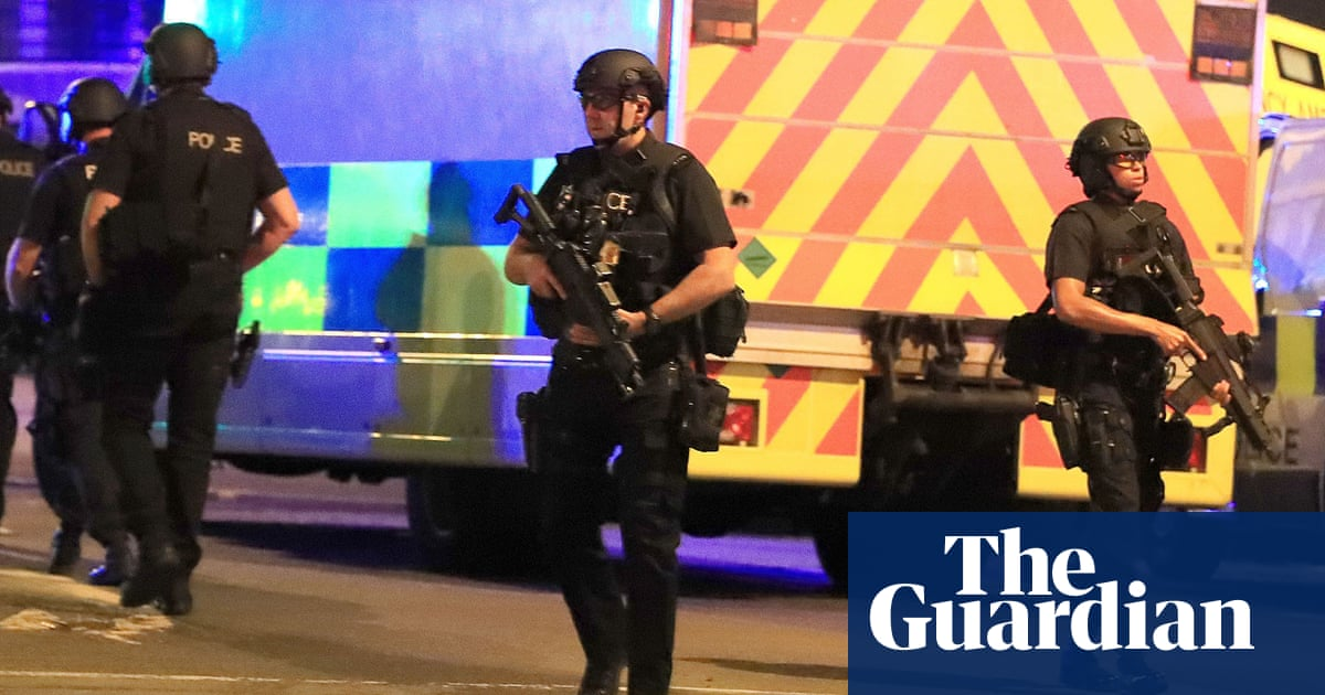 Police told man helping victims of arena attack to leave, inquiry hears